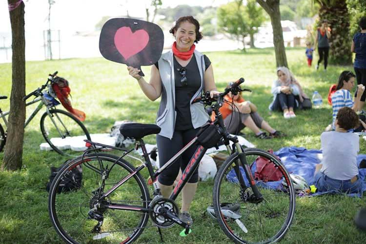 Bisiklet şehirlerde kadınla normalleşecek