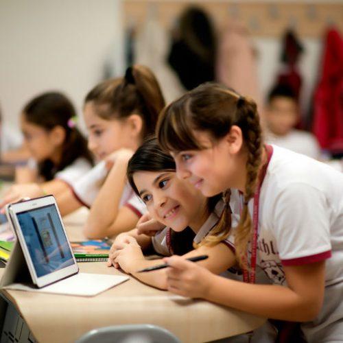 Eğitimde teknoloji tehdit mi? Fırsat mı?