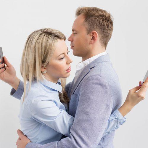 İnternet bağımlılığı yaşamı nasıl etkiliyor?