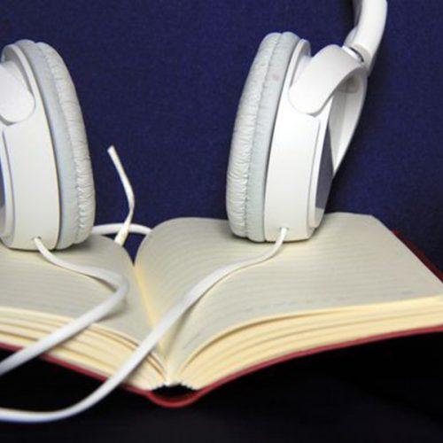 Sesli kitap dinleyebileceğiniz uygulamalar ve YouTube kanalları